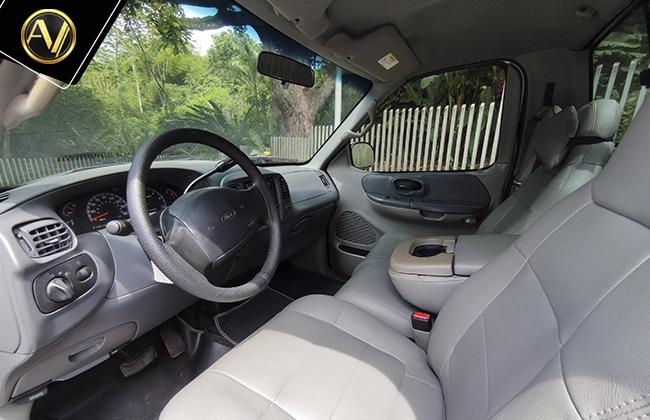 Ford F-150 XLT 4×2